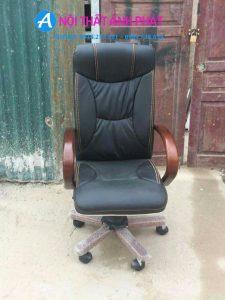 Thanh lý ghế giám đốc tay gỗ TQ002 mới