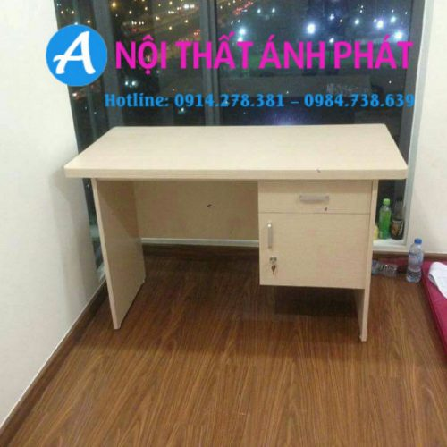 thanh-ly-ban-hoc-chei-1m2