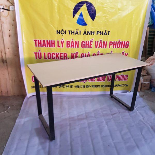 THANH-LY-BAN-LAM-VIEV-CHAN-SAT