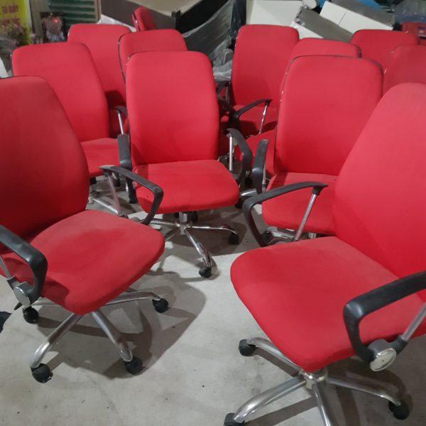 4a79222f96d3758d2cc2 600x600 - Thanh lý ghế xoay nỉ đỏ nhập khẩu mới 90%