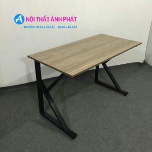 Bàn làm việc chân sắt chữ k 1m2x60cm