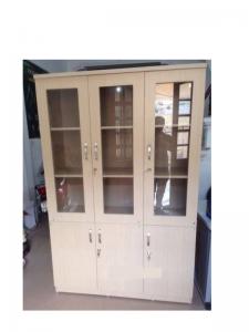 Liệu có nên mua tủ tài liệu 3 cánh kính gỗ thanh lý ?