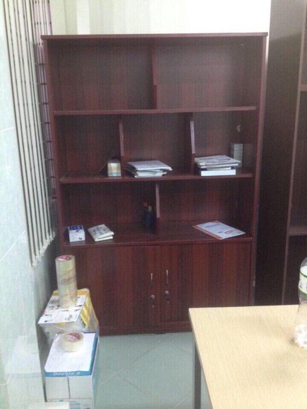 tủ kệ văn phòng thanh lý3