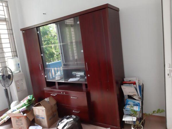 tủ kệ văn phòng thanh lý1