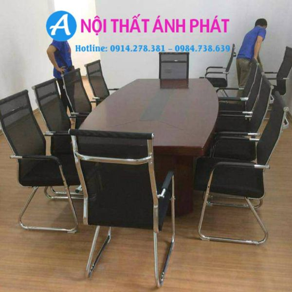 bàn họp văn phòng hiện đại3