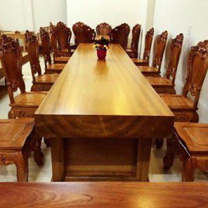 Bàn họp gỗ tự nhiên dành cho mọi doanh nghiệp