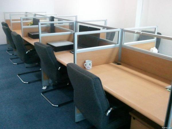 Bàn ghế văn phòng giá rẻ 3