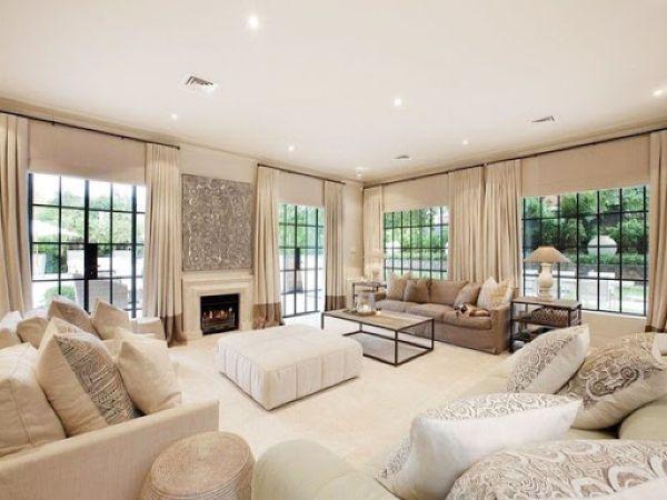 tường màu trắng chọn sofa màu gì3