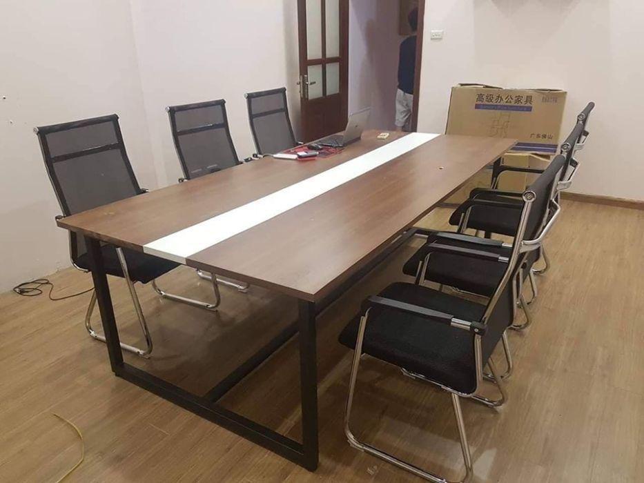 Kiểu mẫu thiết kế bàn họp 10 người