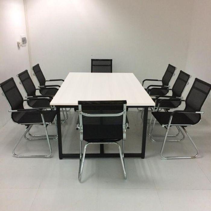 Địa chỉ cung cấp thiết kế bàn họp chắc chắn, giá tốt