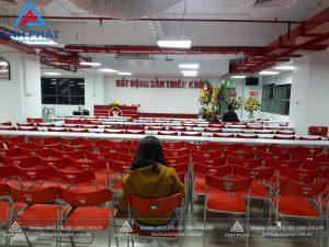 Bàn giao bàn ghế văn phòng – Bất động sản Thiên Khôi