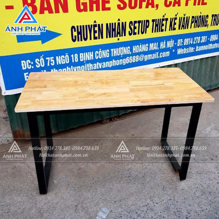 7 tiêu chí để chọn mua bàn làm việc chân sắt phù hợp