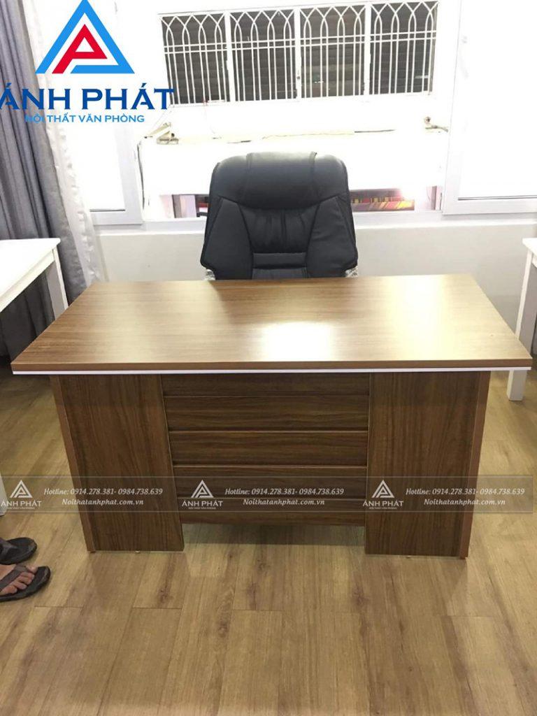 Tiêu chuẩn kích thước của bộ bàn ghế giám đốc hiện đại