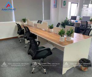 Chọn mua bàn làm việc cho nhân viên văn phòng tiết kiệm diện tích tối đa