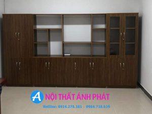 Nên chọn mua kệ đựng tài liệu văn phòng bằng gỗ hay sắt ?
